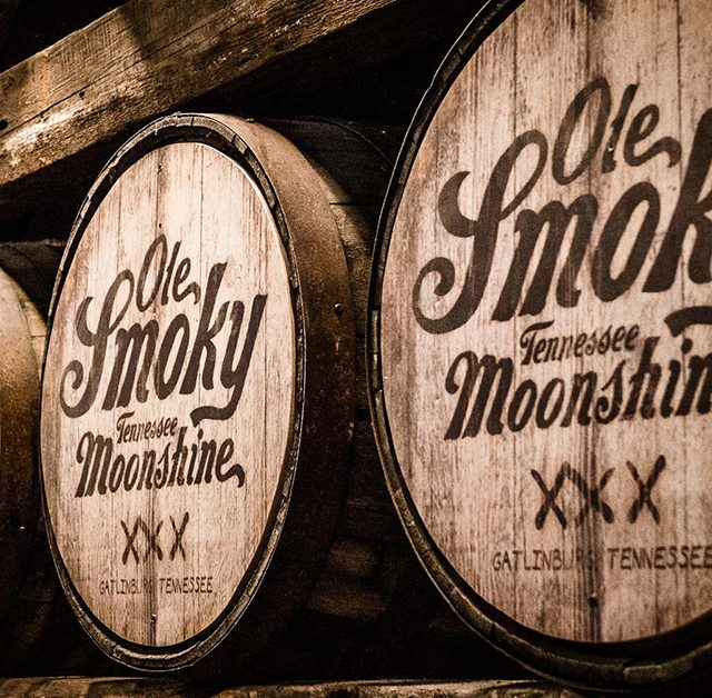 http://thewineandspiritscellar.com/wp-content/uploads/2019/01/local-tennessee-moonshine-640x628.jpg