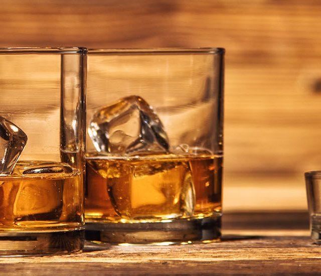 http://thewineandspiritscellar.com/wp-content/uploads/2019/02/liquor-store-maryville-tn-640x550.jpg
