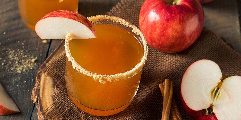 http://thewineandspiritscellar.com/wp-content/uploads/2020/09/Fall-Cocktails-Ideas-.jpg