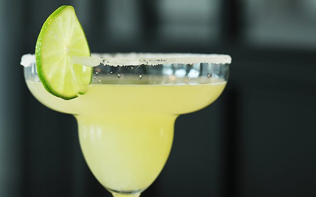 https://thewineandspiritscellar.com/wp-content/uploads/2021/06/Summer-Alcoholic-Beverages-640x400.jpg
