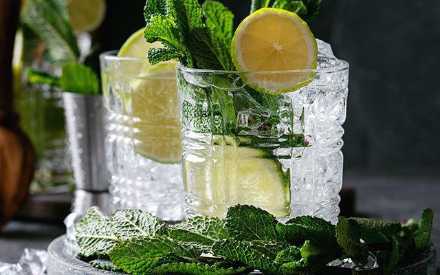 https://thewineandspiritscellar.com/wp-content/uploads/2021/06/Summer-Cocktails-2021-640x400.jpg
