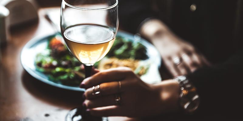 https://thewineandspiritscellar.com/wp-content/uploads/2021/07/Tips-on-Wine-Pairing.jpg