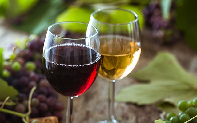 https://thewineandspiritscellar.com/wp-content/uploads/2021/07/wine-store-maryville-tennessee-1-640x400.jpg